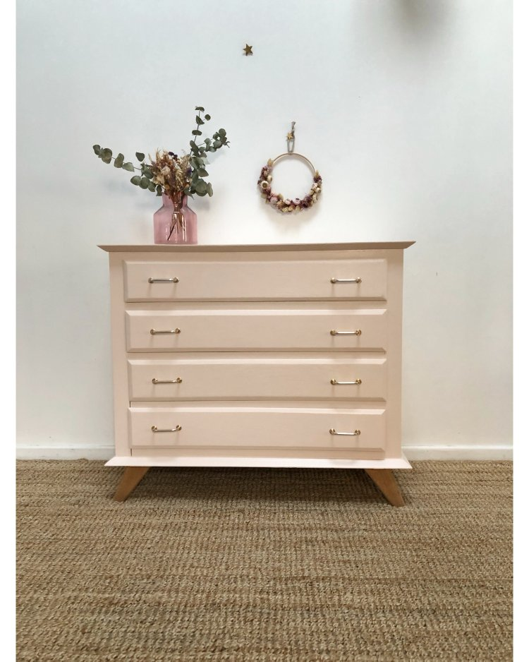 commode rose pale 7