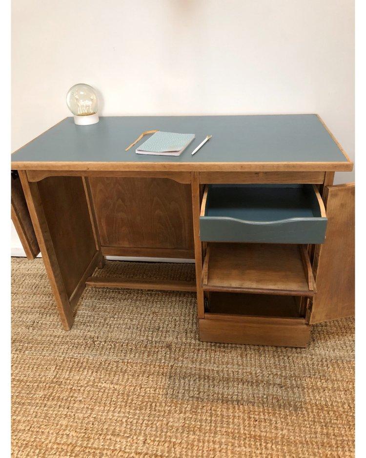 bureau en chêne avec tablette